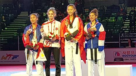 Derya Eşme'den Türkiyeye Madalya